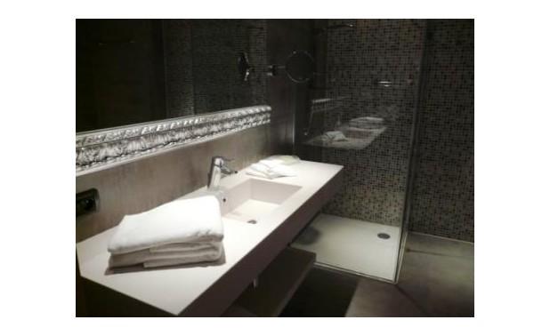 bathroom1cpl
