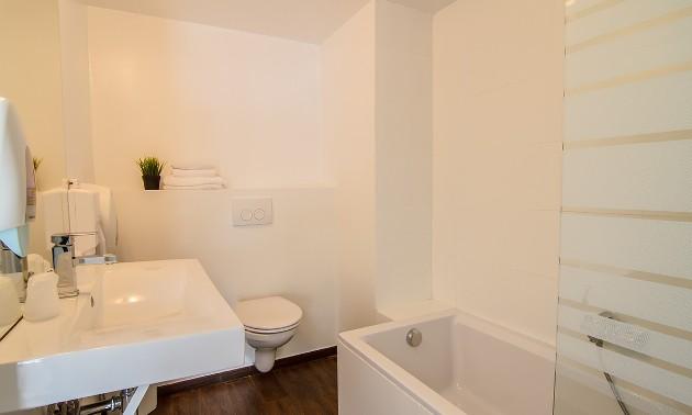 bathroom3ha1