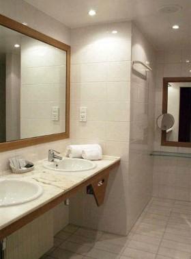 hotel-1815-salle-de-bain-08