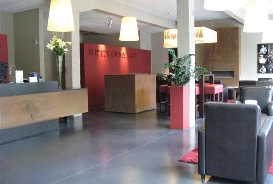 lobby1ve