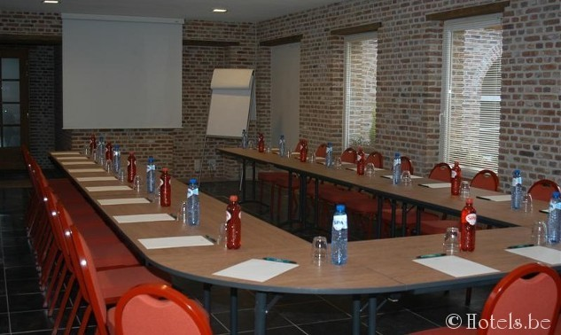 meeting-room_2-12