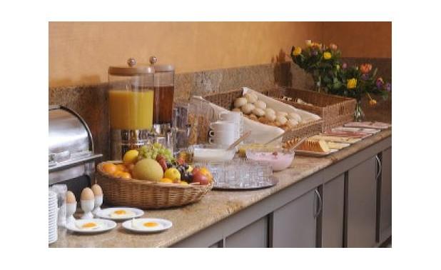 ontbijtbuffet-2_lr