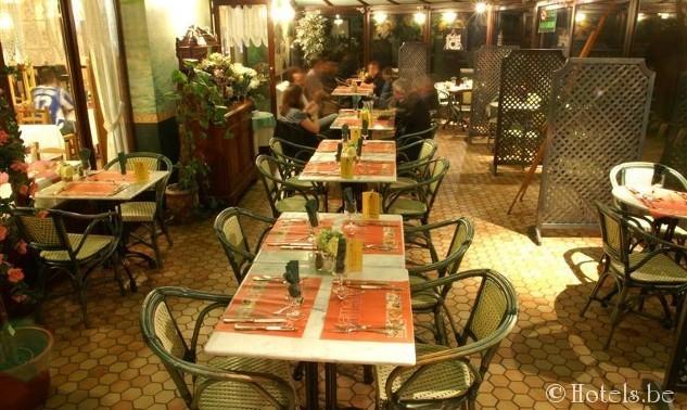 restaurant-medium