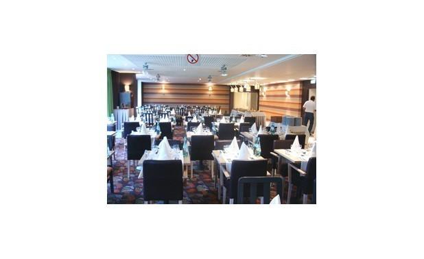 restaurant33