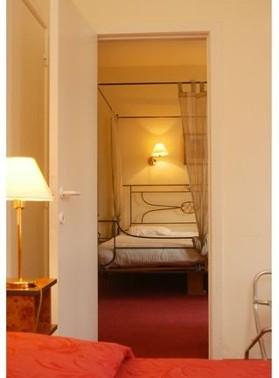 room2hjb1