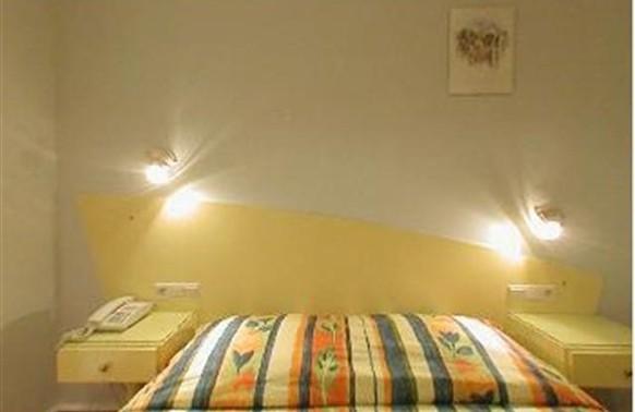 room4lcda