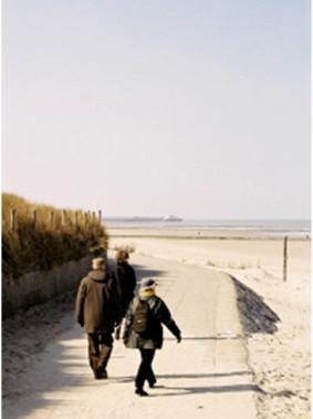 wandelen-aan-strand
