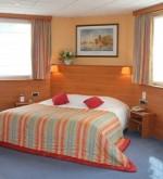 bw-amba-jacuzzi-suite-room1