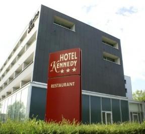 Kennedy Hotel - Kortrijk / Courtrai