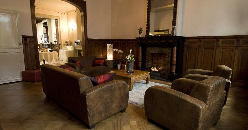 ast lounge2