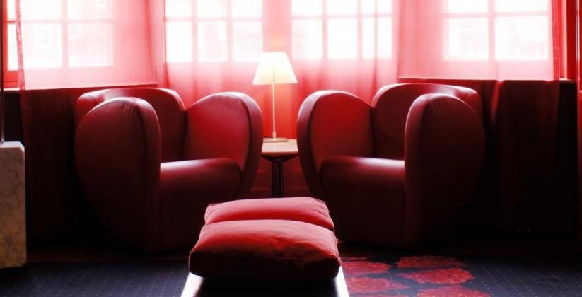 monty lounge