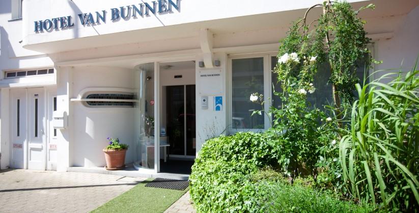 Van_Bunnen4